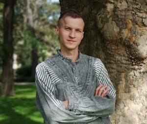 Robert Ogurkispsycholog, psychoterapeuta w trakcie kształcenia, pracuje z osobami dorosłymi i młodzieżą